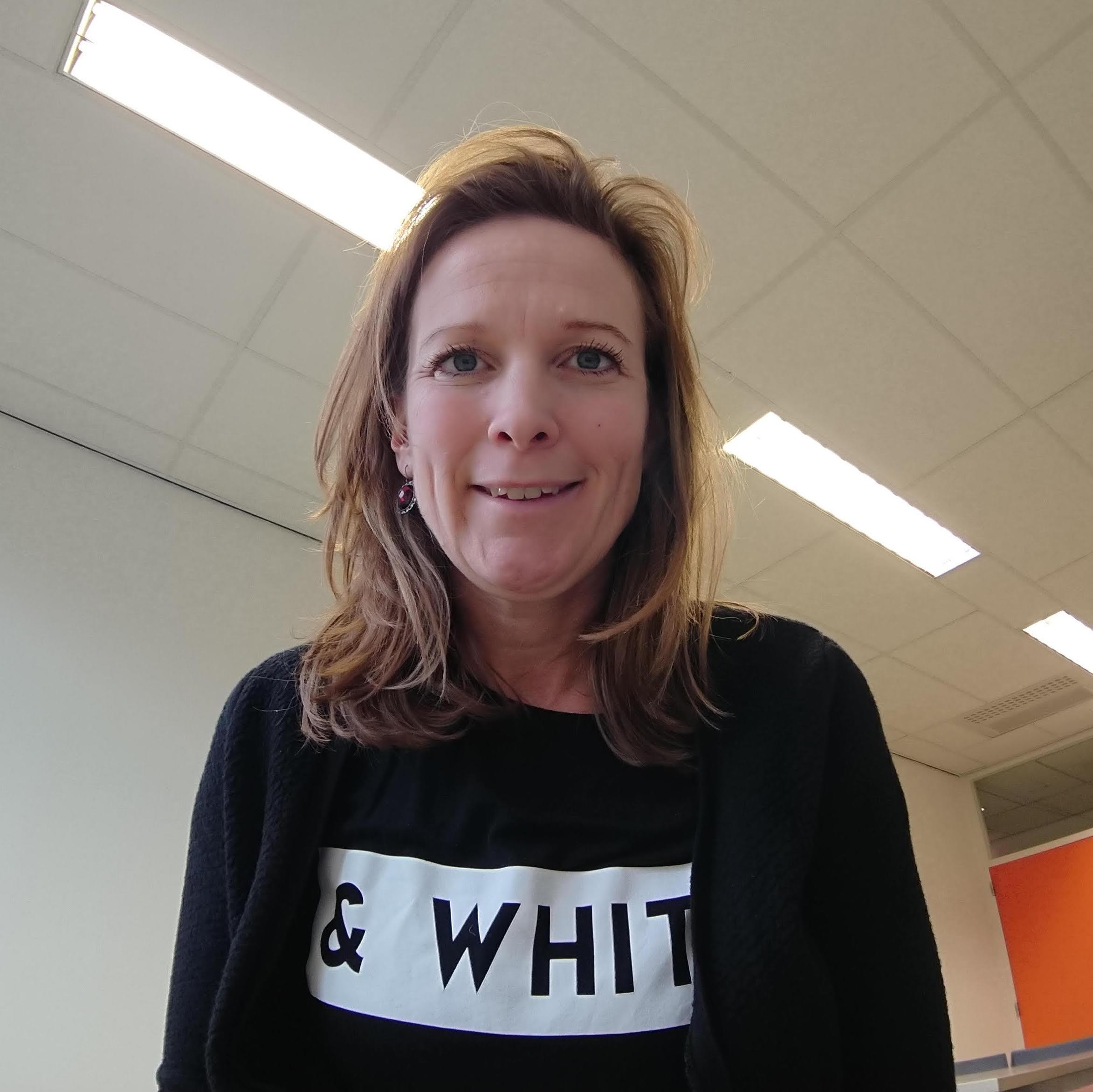Esther van den Heuvel